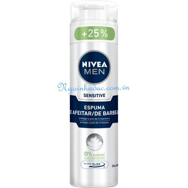 Bọt cạo râu Nivea Men 250ml (trắng)